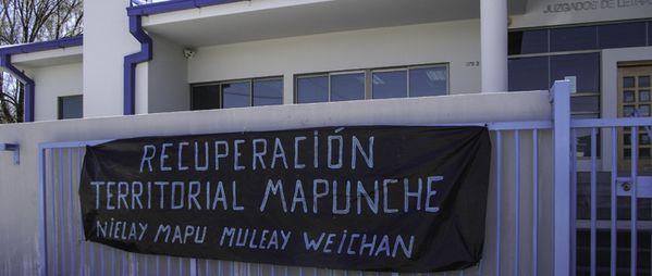 Chile-Panguipulli-El-hostigamiento-judicial-a-Maria-Cristi.jpg