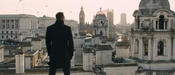 daniel-craig-as-james-bond-in-skyfall-2012.jpg