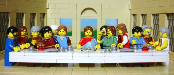 the_brick_testament_-_the_last_supper_-_800x346.jpg