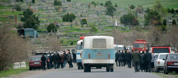 DIRECTION CIMETIERE DE SPITAK 007