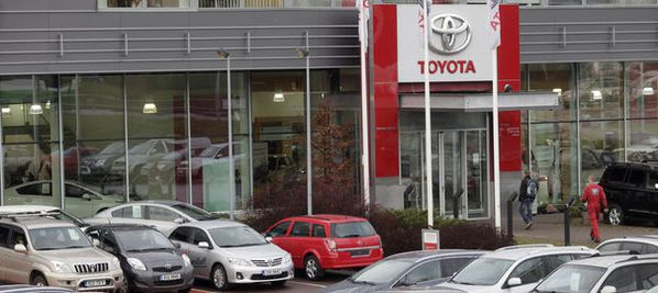 TOYOTA-concessionnaire.jpg