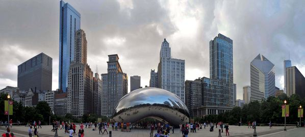 Chicago Cloud Gate pano