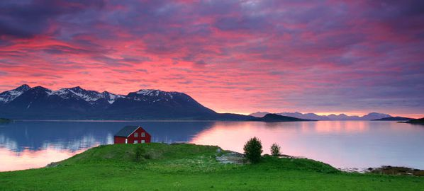 Sunset_Harstad_Norway_740.jpg