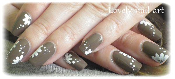 Nail-art---taupe-8.jpg