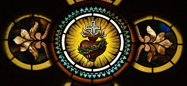 Vitrail-Sacre-Coeur-Sagrado-Coracao-parousie.over-blog.f.jpg