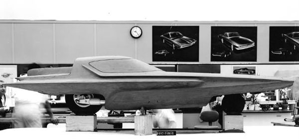1961_Ford_Gyron_Concept_Design-Process_01.jpg