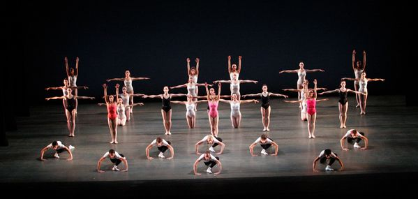 Symphony-in-Three-Movements-Miami-City-Ballet-c-The-George.jpg