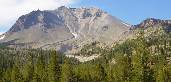 Lassen_Peak_from_Devastated_Area-1200px.JPG