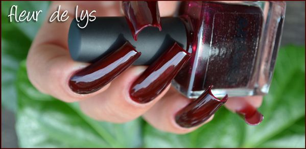 Vernis ongles vampire