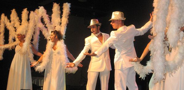 SEMAINE BLEUE 2010 . Le Grand Show anges