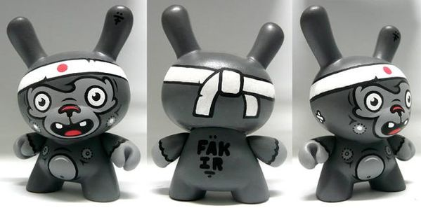 Japanese Dunny by Fakir