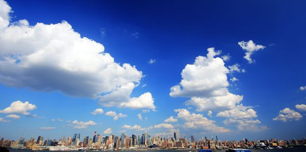 NYC-Skyline_cloud.jpg