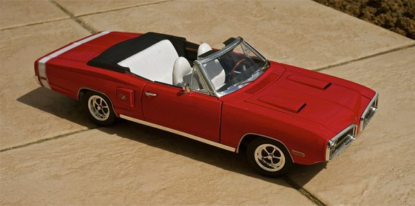 DODGE CORONET CABRIOLET ROUGE YATMING17