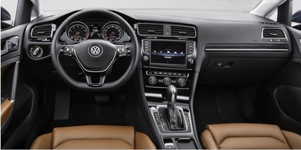 interieur-volkswagen-golf-7.jpg
