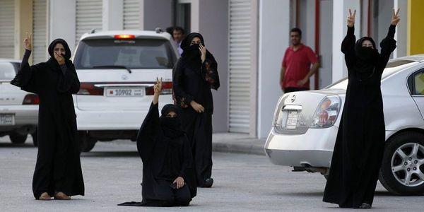 sem12octg-Z1-contestation-femmes-au-Bahrein.jpg