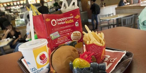 happy-meal-macdonalds.jpg