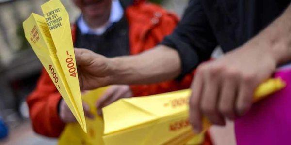 Des-manifestants-favorables-au-referendum--le-7-mai-a-G.jpeg