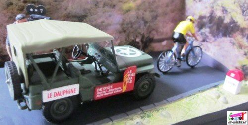 diorama-jeep-willys-course-cycliste-rn7-altaya (5)