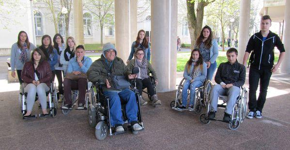 Parcours en fauteuil roulant avec Mohamed