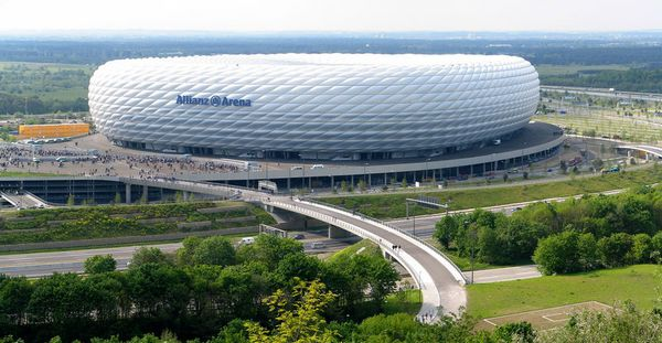 allianz-Arena-Munich-Allemagne.jpg