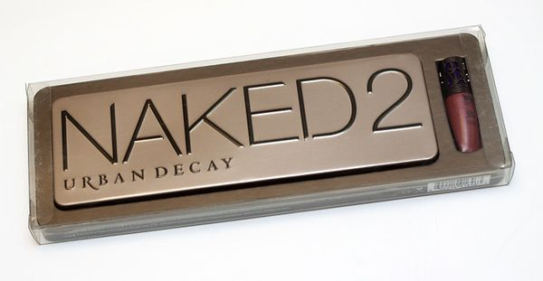 Urban-Decay-Naked-2-Palette 02