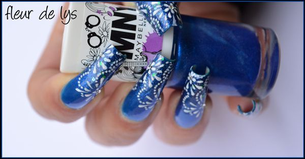 Nail Art bleu
