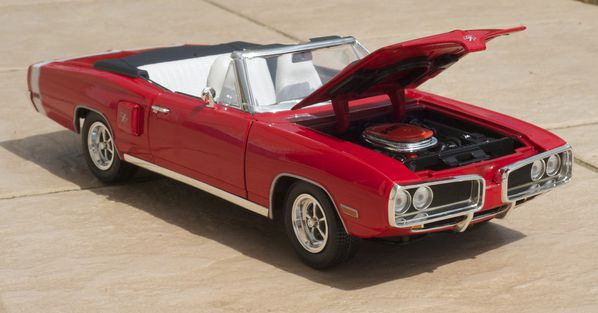 DODGE CORONET CABRIOLET ROUGE YATMING22