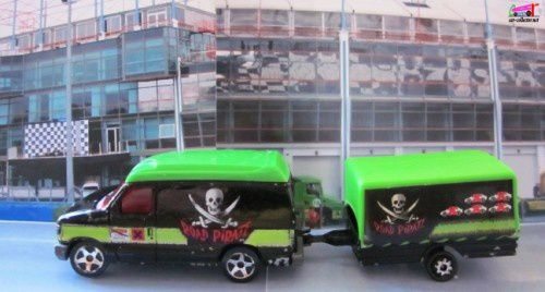 ford-econoline-road-pirate-majorette (1)