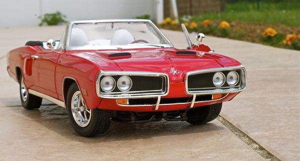 DODGE CORONET CABRIOLET ROUGE YATMING14
