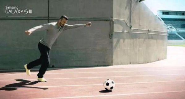 David-Beckham---Samsung-Galaxy-S-III.jpg
