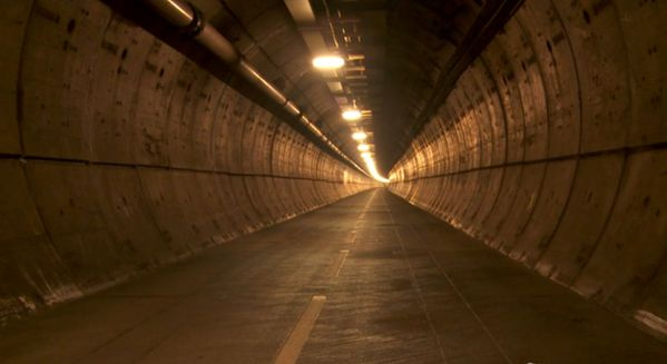 1379x753xchanneltunnel1.pagespeed.ic.svwKvWlOtJ