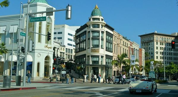 beverly-hills-rodeo-drive-25894.jpg