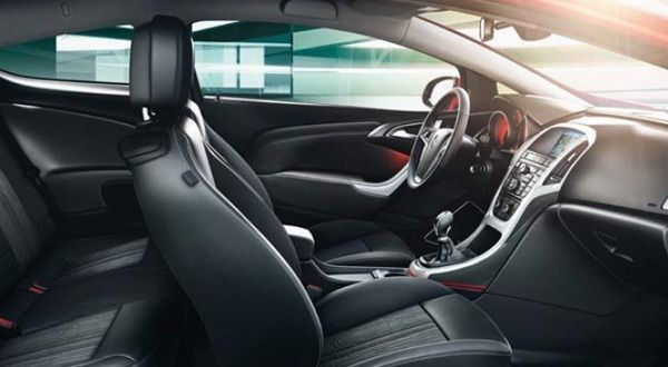 Interieur-Opel-Astra-GTC.jpg
