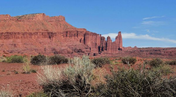 Castle-Valley-Fisher-towers.jpg