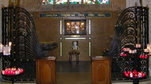 062l Chapelle Saint Thérèse, La basilique Notre-Dame d'Al