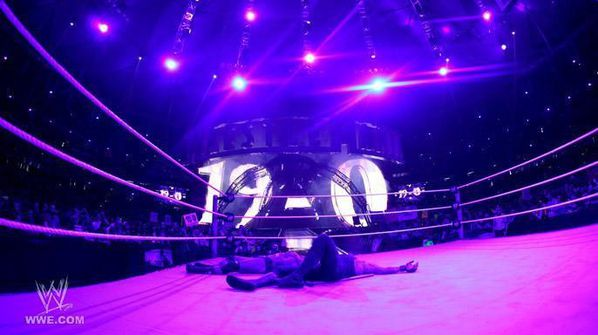 Wrestlemania-27-undertaker-20991648-686-384.jpg