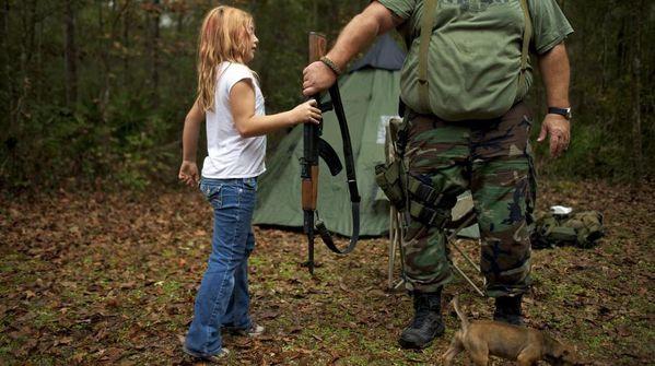 enfant-et-fusil.jpg