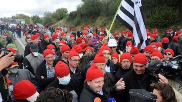 bonnets rouges-copie-1
