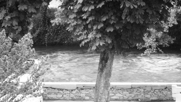 La Garonne à St-Béat