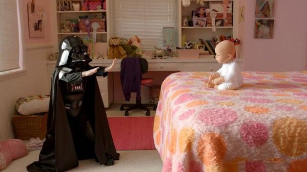 Bebe-Dark-Vador--The-Force-Mini-Darth-Vader--parousie.ove.jpg
