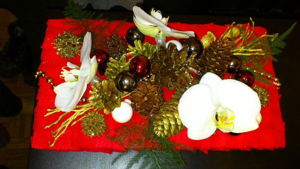 Compositions florales le blog de carotte - Composition florale de noel originale ...