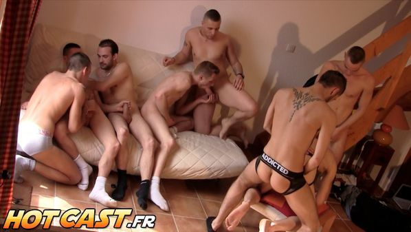 hotcast-4-gang-bang-gay-6.jpg
