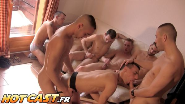 hotcast-4-gang-bang-gay-7.jpg