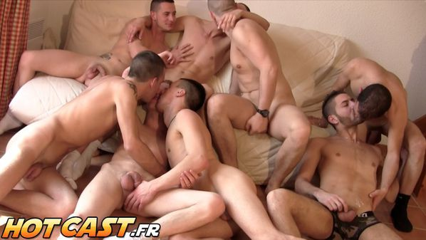 hotcast-4-gang-bang-gay-9-copie-1.jpg