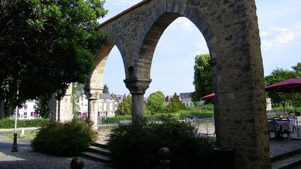 1110 Piliers de la Grange Grousset, 12th Century, Cité Pla
