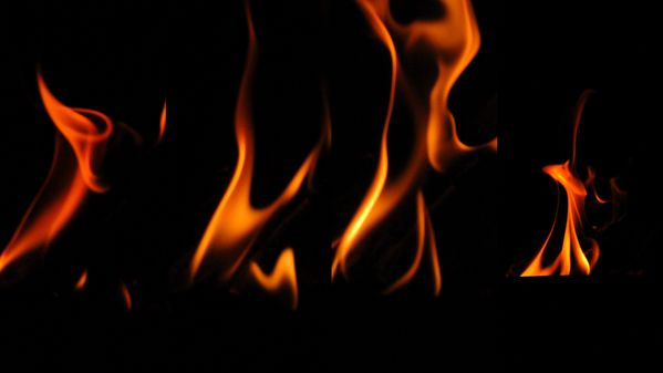 pin feu et flammes dessin flamme tattoos tete de mort on pinterest. Black Bedroom Furniture Sets. Home Design Ideas