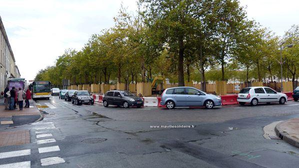 Place Napoléon 24 septembre 2012 mavillesolidaire (46) cop