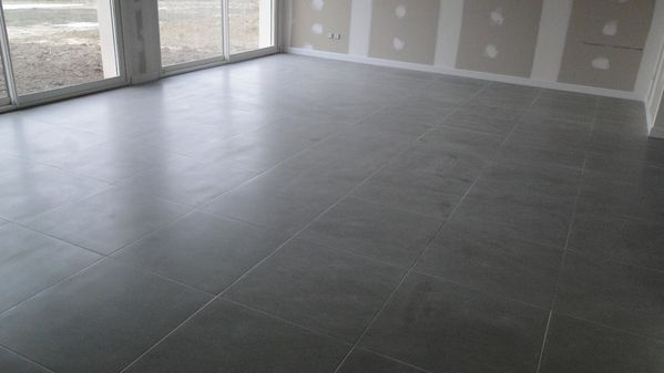 Carrelage 45x45 gris anthracite for Carrelage sol gris clair