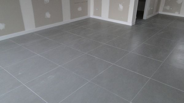 Carrelage 45x45 ou 60x60 for Carrelage 60 x 60 gris