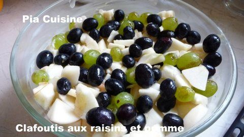 Clafoutis-raisins-et-pomme.JPG